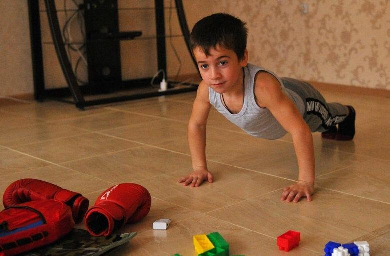 لزوم توجه والدین به ورزش دانش آموزان در خانه