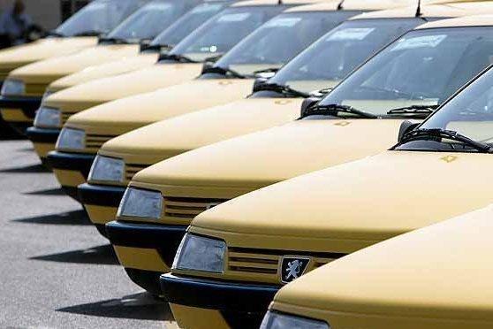 12 هزار تاکسی 70 هزار دانش اموز اصفهانی را جابه جا می نمایند