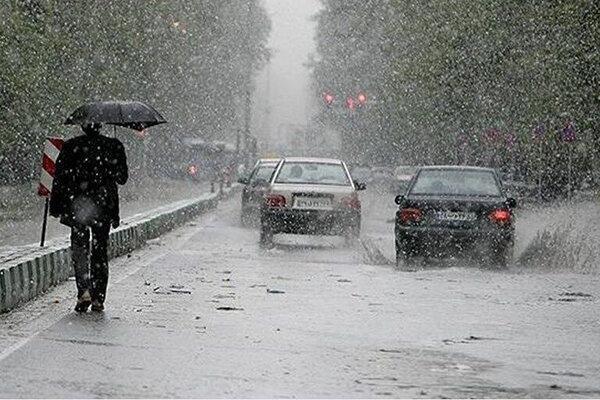 تداوم بارش های رگباری در همدان