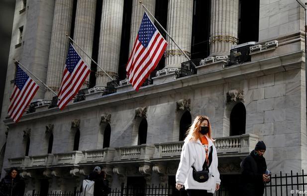 نیویورک، پایتخت کرونا در جهان، 17 میلیون آمریکایی بیکار شدند