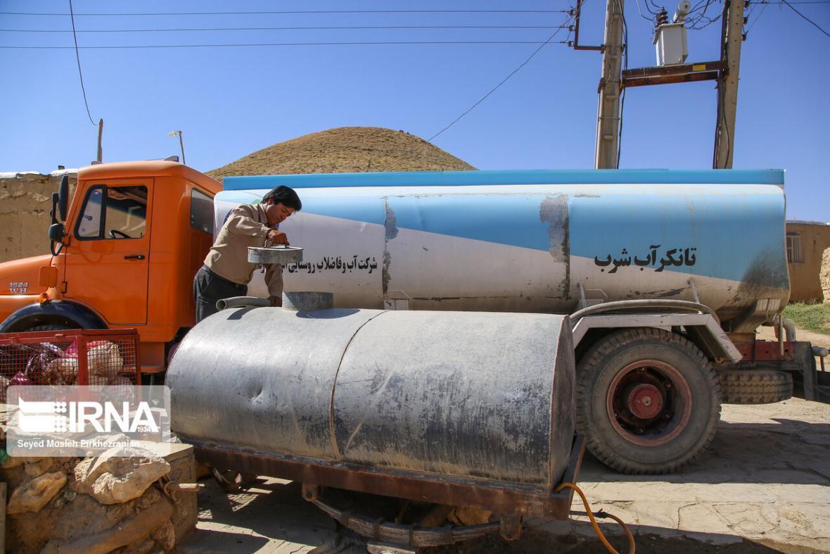 خبرنگاران هفت روستا در استان مرکزی با تانکر آبرسانی می شود