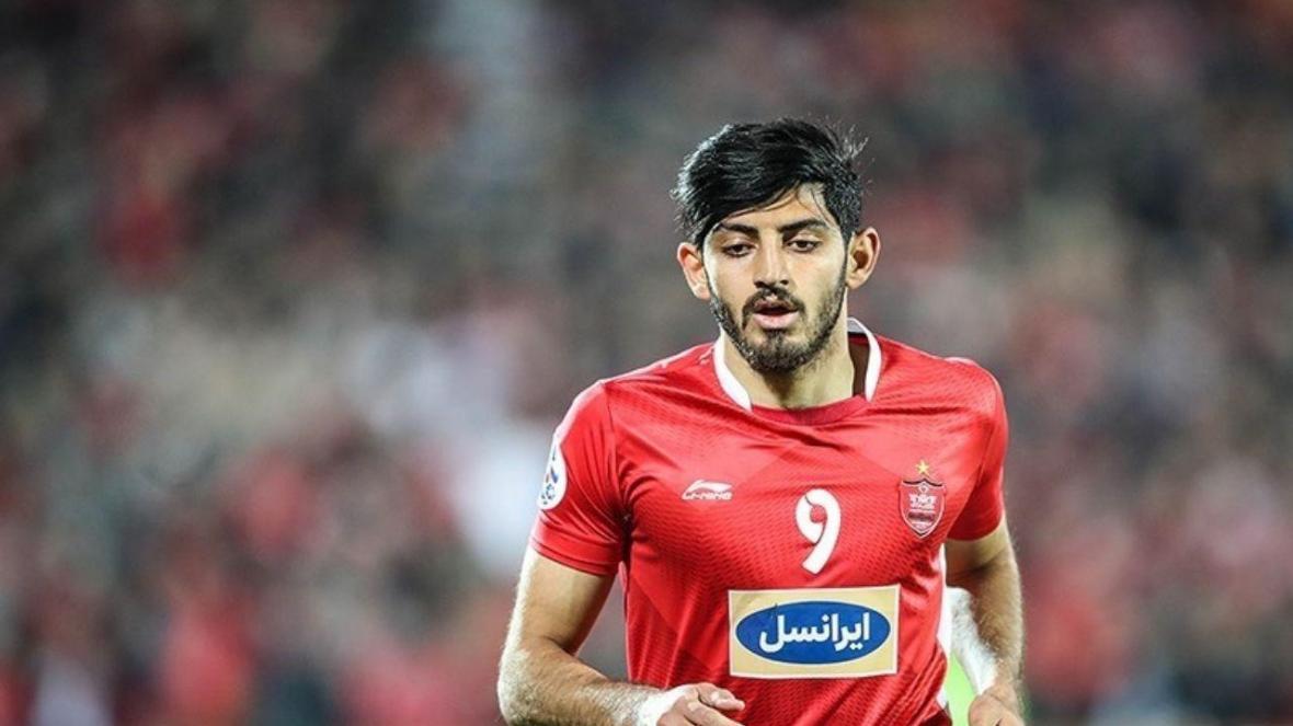 ستاره پرسپولیس از قطر و تیم های اروپایی پیشنهادی ندارد