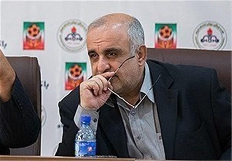 آشتی کنان دادرس و صالحی در فدراسیون فوتبال، دادرس: بعضی از آقایان منافقانه رفتار کردند