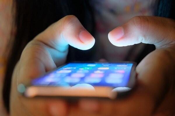 تخلف 2 اپراتور موبایل در افزایش تعرفه اینترنت