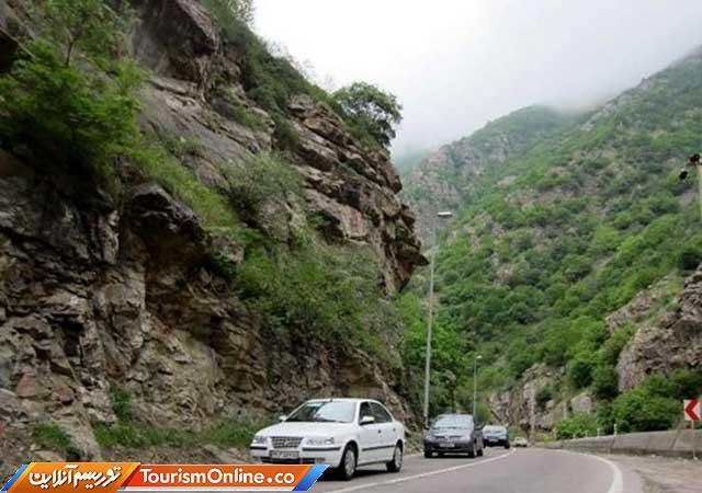 جاده هراز و اتوبان قزوین شلوغ است
