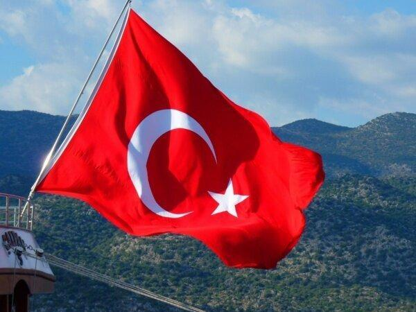 ترکیه در بیانیه ای به اظهارات مکرون پاسخ داد