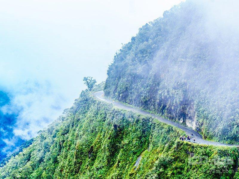 جاده یونگاس یا جاده مرگ