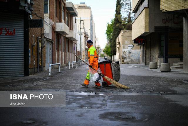 کارگران ثابت خدمات شهری و فضای سبز شهرداری مشهد بیمه تکمیلی می شوند