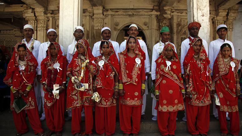 هند؛ بازداشت 10 داماد مسلمان به دلیل تغییر دادن مذهب عروس