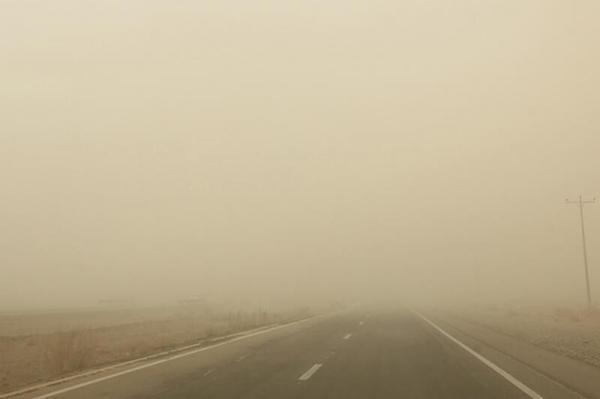 خبرنگاران هشدار مدیریت بحران درباره وزش باد شدید در خراسان جنوبی