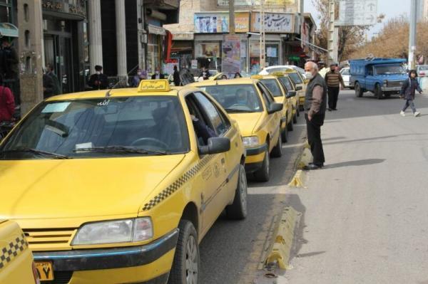 خبرنگاران ساماندهی حمل و نقل درون شهری، مطالبه جدی رانندگان تاکسی در میاندوآب