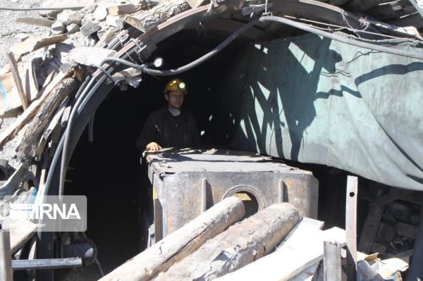 خبرنگاران تونل ریزش کرده معدن طزره دامغان غیرفعال شد